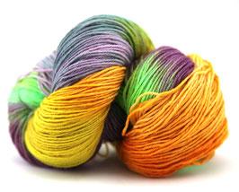 "Sockenwolle- handgefärbt  6fach ""Kolibri"" Fb:  flieder, hellblau, gelb, orange, lila, grün"