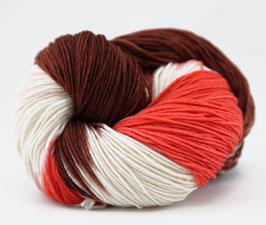 """Sockenwolle- handgefärbt  6fach """"Stieglitz"""" Fb: rotorange, weiß, braun"""