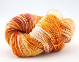 """Sockenwolle- handgefärbt  4fach """"Goldammer"""" Fb: gelb, ocker, braun, weiß"""