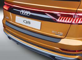 Ladekantenschutz für Audi Q8 aus schwarzem Kunststoff