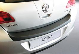 Ladekantenschutz für Opel Astra J 5-türig  12/2009-08/2012