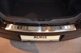 Edelstahl Ladekantenschutz für Toyota Auris II ab 2013