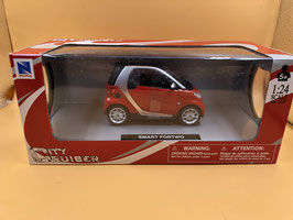 SMART FORTWO ROSSO - NEW RAY 1/24