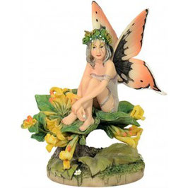 Honeysuckle Fairy by Linda Ravenscroft