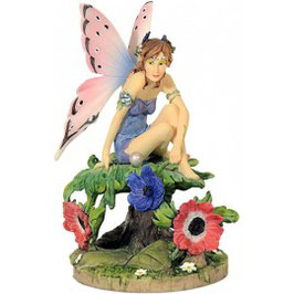 Anemone Fairy by Linda Ravenscroft