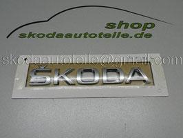 """Schriftzug Emblem Heckklappe """"SKODA"""" - Neues Modell - original"""