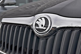 SKODA Emblem Logo matt CHROM/SCHWARZ - original - SKODA SUPERB II (3T)