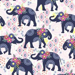 Michael Miller - Bungalow - Trunk Show - blumengeschmückte Elefanten auf weißem Hintergrund - Patchworkstoff