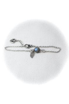 "#1778-LBLF, ""Simplest"" Labradorite & Leaf charm, Bracelet"