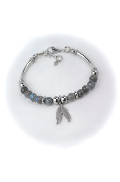 #1788-LBFT, Labradorite & feather charms, Bracelet