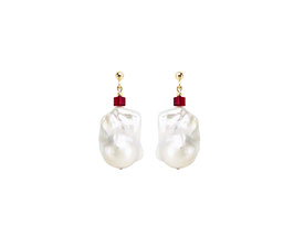 Baroque pearl earrings with Swarovski cube - rubin