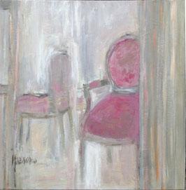 Fauteuil du salon rose