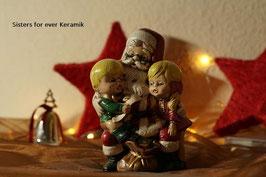 Santa mit Kindern