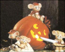 Kürbiswindlicht mit Mäusen