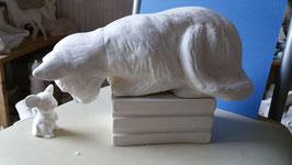 große Regalkatze Schnurzel mit Maus