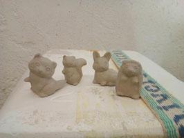 Vier kleine Wildtiere für das Dorf