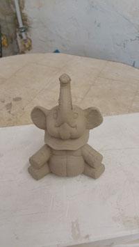 """kleiner trötender Elefant """"Tröööti"""""""