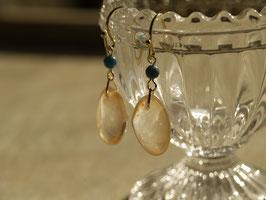 【ピアス】さくら貝とトルコ石のピアス