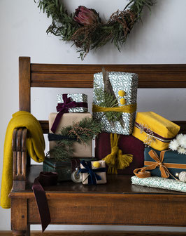 Christmas Gift Wrapping Workshop at Hazelnut House (12.12.2020)