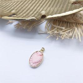 Hanger 14 krt goud met roze schelp camee sacred heart ALLEEN OP BESTELLING 6-8 WEKEN LEVERTIJD