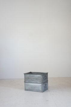METAL BOX B