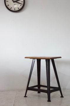 IRON STOOL / BEMEFA