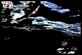Leinwandbild, Motiv: alles in Fluss 2777, in einem Rahmen mit Schattenfuge