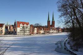 Dom im Winter, Motiv: 1224, auf einen Trägerrahmen gespannt