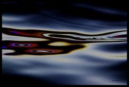 Leinwandbild, Motiv: alles in Fluss 1745, in einem Rahmen mit Schattenfuge