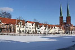 Dom im Winter, Motiv: 1222, auf einen Trägerrahmen gespannt