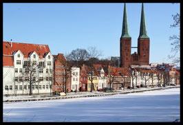 Dom im Winter, Motiv: 1225, in einem Rahmen mit Schattenfuge
