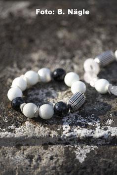 Armband schwarz-weiß-silber