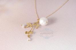 Blätterast mit Mondstein Blüten - große Perle, Halskette