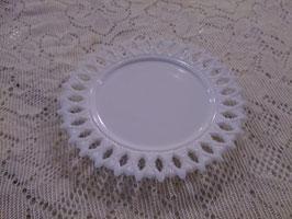 Antique ミルクグラス レースエッジプレート  【MAR-0153】