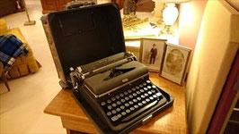 Vintage タイプライター 【Mar-0929】