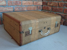 Vintage Trunk / Suitcase Fall River Mass 【Mar-1864】