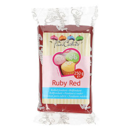 Pâte à sucre rouge rubis