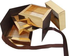 Boîte pour chocolat or/marron 3 étages avec ruban