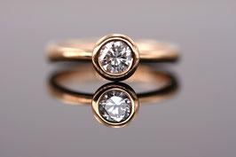 Brillant-Ring aus 750'°°° Roségold mit Brillant (0,5 ct) Classic-Collection