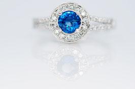 Ring aus Weißgold mit blauem Safir und Brillanten Princess-Collection big