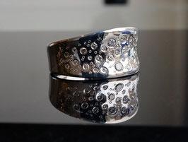 Ring aus Platin mit Brillanten Raindrops-Collection