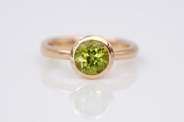 Gold-Ring mit Peridot und Roségold Classic-Collection