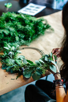 Atelier DIY Couronne de Noël traditionnel ou fleurs séchées