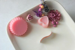 Bougie végétale fleurie, parfum rose