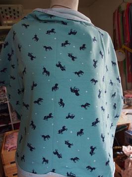 Petites licornes bleu foncé sur fond d'eau en jersey coton (modèle MC)