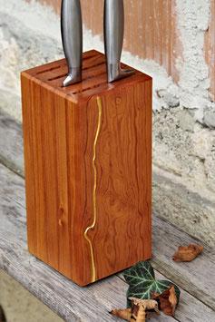 Messerblock aus alter Pitchpine-Bodendiele