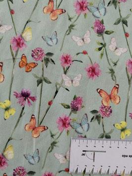 Baumwolle hellmint mit Blumen und Schmetterlingen, Grundpreis: 12,90€/m