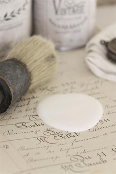Jeanne d'Arc Living's Vintage Paint: Soft cream, 100ml