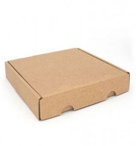 Kleine Schachtel aus Kraftkarton, Größe 4
