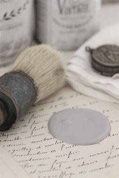 Jeanne d'Arc Living's Vintage Paint: Warm grey, 700ml